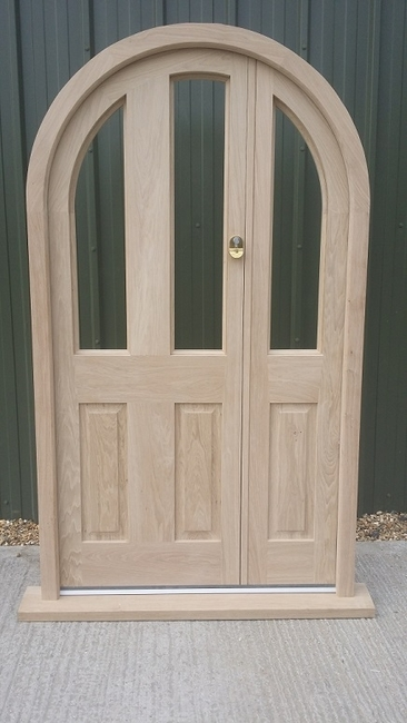 Oak Curved Door Set